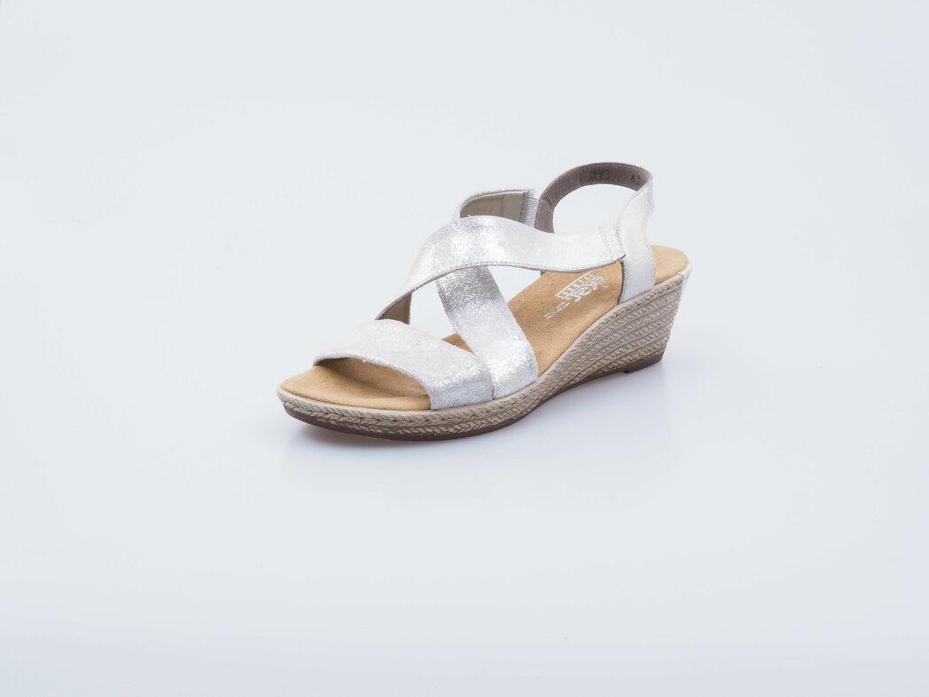 79df84b2cf Obuv Rieker - Novinky zo sveta Rieker - Strieborné topánky sú toto ...